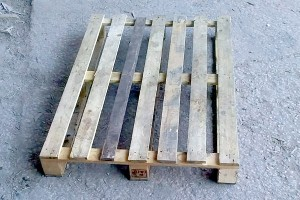 Поддон деревянный БУ 1200Х1200мм г/п 1500кг 1 сорт