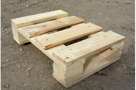 Поддон деревянный новый 400х600 1 сорт строганный