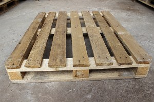 Поддон деревянный БУ 1200х1000мм 1 сорт с нижней обвязкой